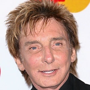 Barry Manilow 7 of 10