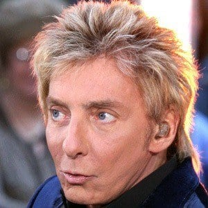 Barry Manilow 9 of 10