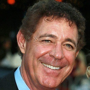Barry Williams - Bio, Facts, Family | Famous Birthdays