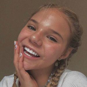 Bella Klassen 2 of 6