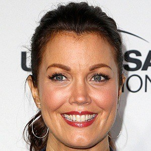 Bellamy Young 8 of 10