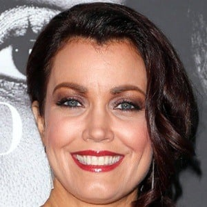 Bellamy Young 9 of 10