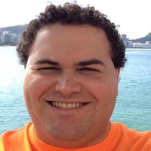 Bernardo Moura 4 of 6