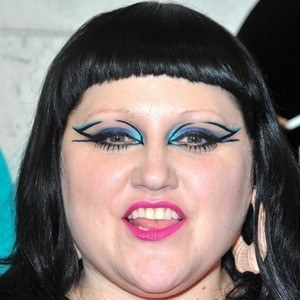 Beth Ditto 2 of 5