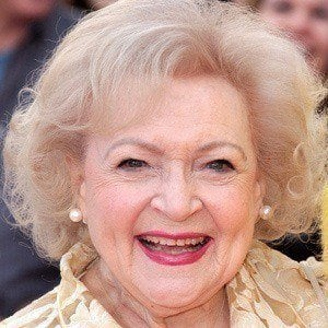 Betty White 2 of 10