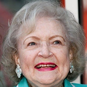 Betty White 6 of 10