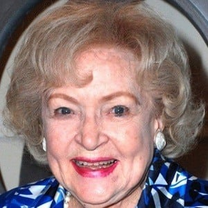 Betty White 8 of 10