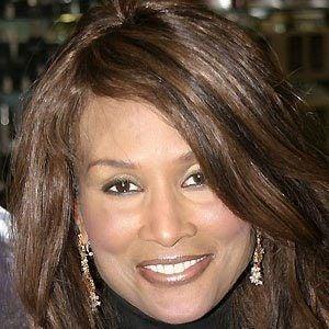 Beverly Johnson Net Worth - Celebrity Net Worth