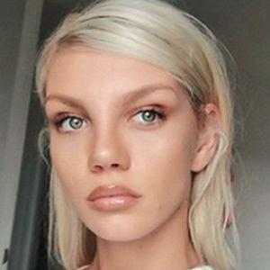 Bianca Giurcanu 3 of 5
