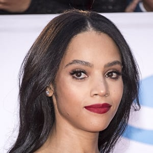 Bianca Lawson 6 of 8