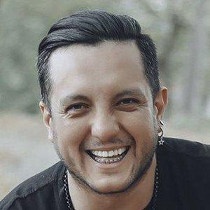Bratt Murgueitio Headshot 7 of 10