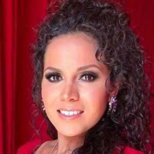 Brenda Catalán 2 of 5