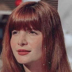 Brenda Olivieri Headshot 6 of 10