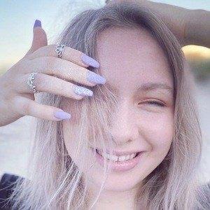 Briana Sprinz Headshot 4 of 10