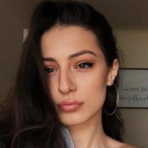 Brianna Mazzola 2 of 6