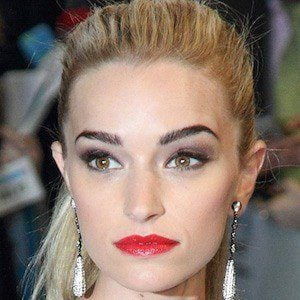 Brianne Howey 3 of 3