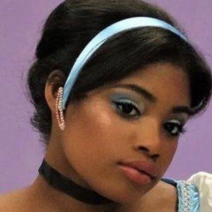 Brianni Walker 4 of 10