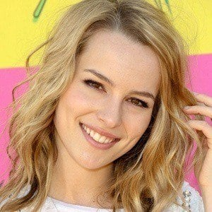 Bridgit Mendler 4 of 9