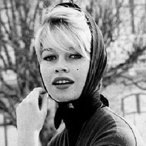 Brigitte Bardot 3 of 5