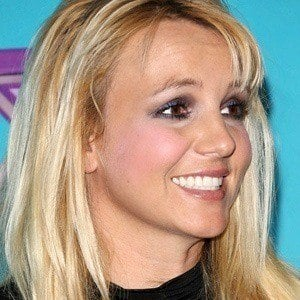 Britney Spears - Bio, Facts, Family | Famous Birthdays