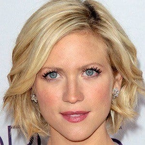 Brittany Snow 3 of 9