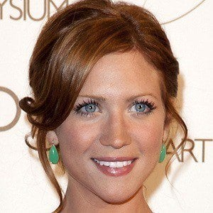 Brittany Snow 4 of 9