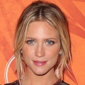 Brittany Snow 8 of 9