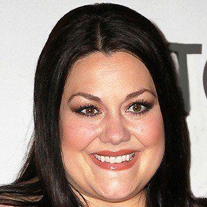 Brooke Elliott 2 of 6