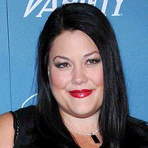 Brooke Elliott 5 of 6