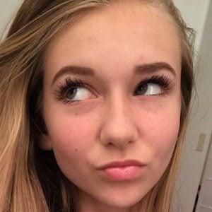 Brooke Spence Headshot 2 of 5