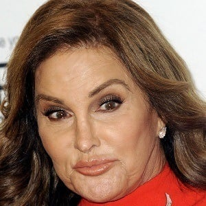 Caitlyn Jenner 8 of 10