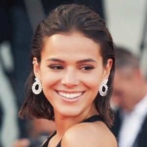 Bruna Marquezine 2 of 2