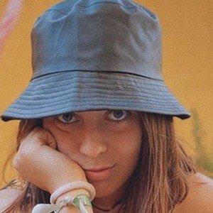 Bruna Neves Headshot 8 of 10