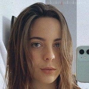 Bruna Neves Headshot 10 of 10
