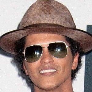 Bruno Mars 7 of 9