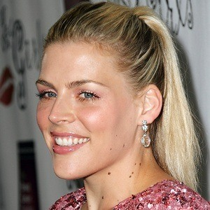 Busy Philipps 8 of 10