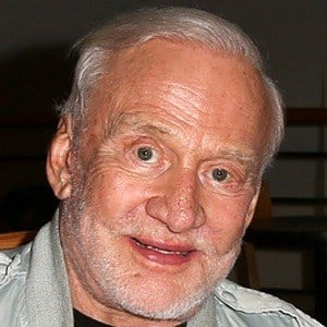 Buzz Aldrin 9 of 10