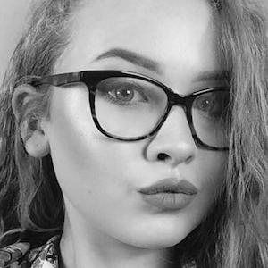 Caitlin Rhosyn 7 of 7