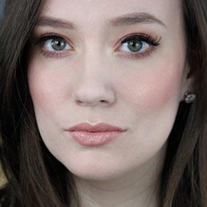 Caitlyn Sydney 4 of 5