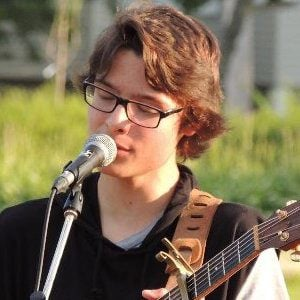 Cameron Molloy 3 of 4