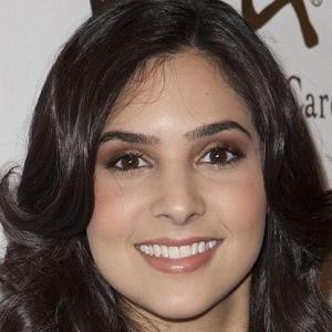 Camila Banus 3 of 5