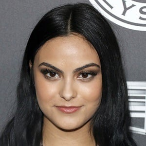 Camila Mendes Bio Facts Family Famous Birthdays