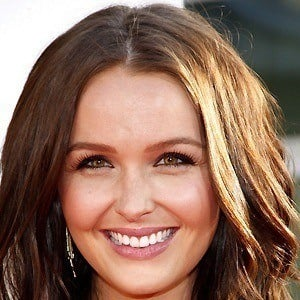 Camilla Luddington 4 of 10