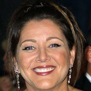 Camryn Manheim 2 of 9