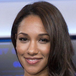 Candice Patton 2 of 7
