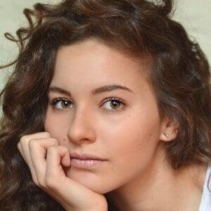 Carla Adell 2 of 10