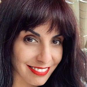 Carla García 3 of 5