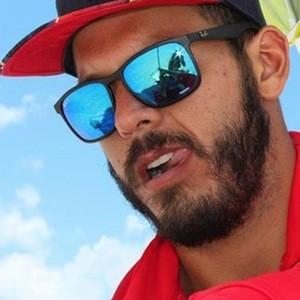 Carlos Mena 4 of 6