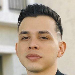 Carlos Parra 6 of 10