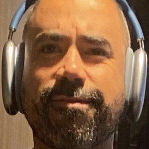 Carlos Velázquez Headshot 5 of 10